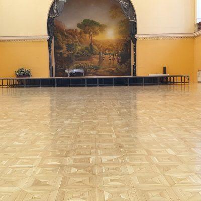 Parkettázás, csiszolás, lakkozás: Budapesti Olasz Kultúrközpont VIII. Bródy Sándor utca 8.