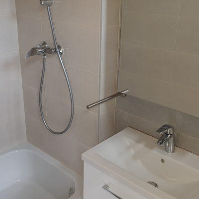 Csempézés, fürdőszoba felújítás - Holló Bt